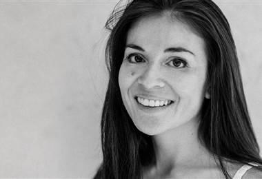 Ángela Guzmán, creadora de emojis. BBC Mundo