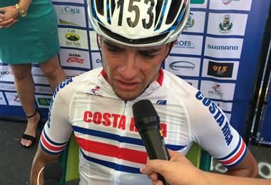 Sebastián Moya, ciclista costarricense. Ricardo Cordero