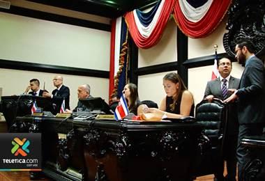 45 diputados votaron a favor de habilitar vía rápida para hacer la reforma al reglamento legislativo
