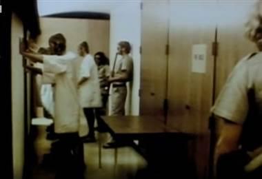 Experimento famoso de guardas y prisioneros