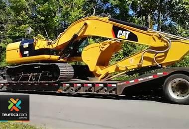 Municipalidad de Matina compró maquinaria para reparar caminos y hacer canales