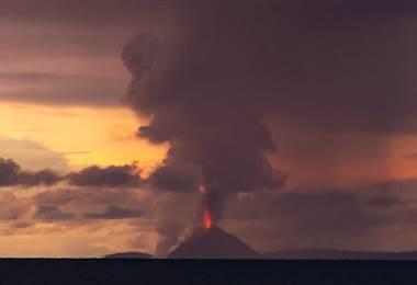 Erupción de volcán, tsunami, Indonesia. BBC Mundo