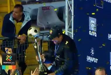 Herediano pasó de las cenizas a erigirse como campeón nacional