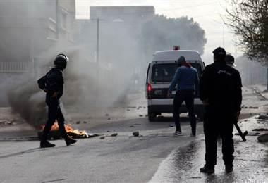 Periodista se inmola en Túnez. AFP.
