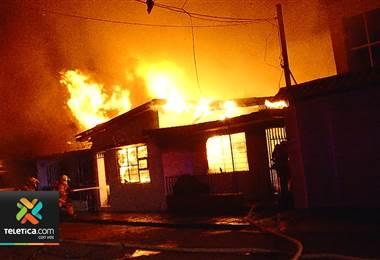 Últimos tres incendios han sido provocados por niños jugando con fósforos