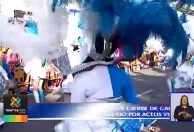Suspensión de concierto de Carnaval de San José deja dos oficiales heridos y 15 personas detenidas