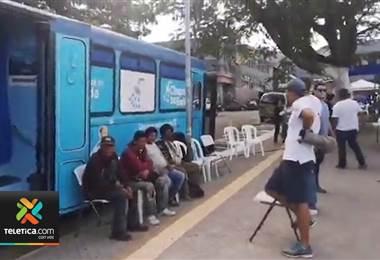 30 personas habitantes de la calle recibieron alimentos, ropa y artículos de aseo personal
