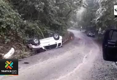 Turista español muere tras volcarse el carro que conducía en Ostional de Guanacaste