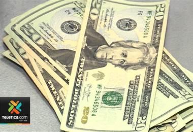 Sector exportador preocupado por disminución del dólar por préstamos del Gobierno en el exterior