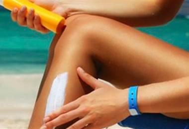 Escoja el bloqueador más adecuado para su piel