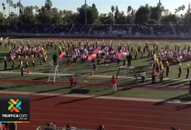 Banda Municipal de Acosta se lució en presentación previa al Desfile de las Rosas en California