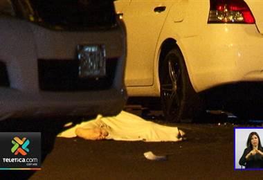 Motociclista murió luego de chocar contra un carro en Desamparados