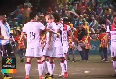 Lesiones golpean al Herediano y Alajuelense para el próximo domingo