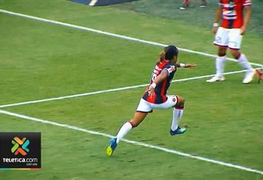 Alajuelense jugará a las 11am porque siempre gana cuando juega a esa hora