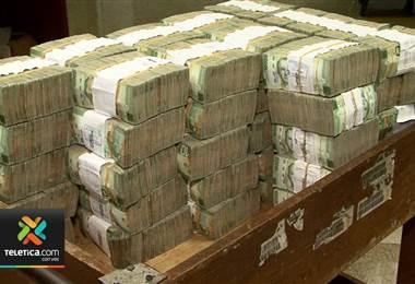 Costarricenses que ahorran en cooperativas tendrán respaldo para garantizar seguridad de su dinero