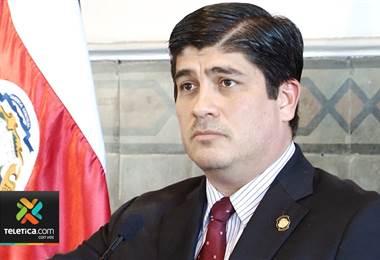 Presidente Carlos Alvarado asegura que no le temblará el pulso para hacer cobros a evasores