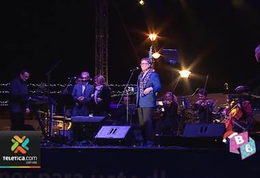 Avenidazo de San José abrió con show de Ricardo Padilla