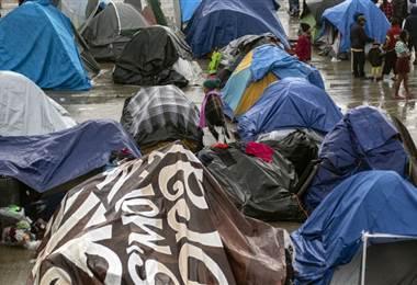 Migrantes en Tijuana. AFP