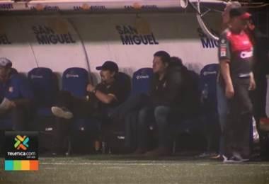 Lateral izquierdo es la única duda de Jafet Soto para el juego ante Alajuelense
