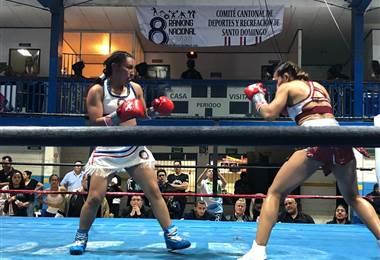 Yokasta Valle enfrentó a la mexicana Edith de Jesús Flores. Julio Naranjo