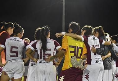 Saprissa derrotó a Moravia en el primer juego de la final del fútbol femenino. Prensa Saprissa