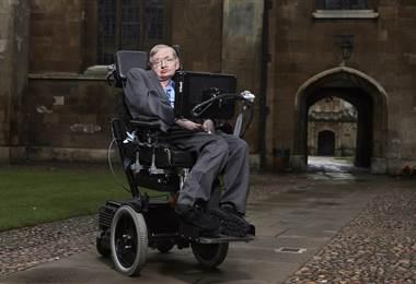Físico británico Stephen Hawking