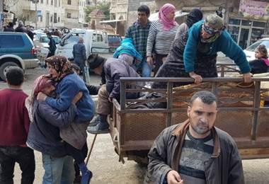 En Siria 30.000 civiles huyeron de los bombardeos turcos en Afrin en 24 horas