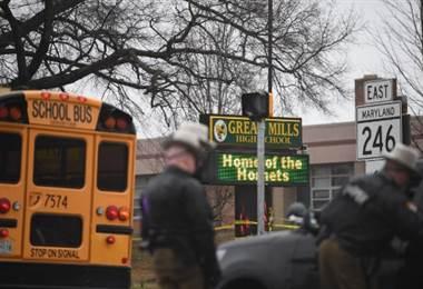 Tiroteo en escuela de EE. UU. dejó tres heridos, incluido el atacante