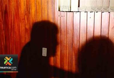 Cada día 15 personas son detenidas por violencia doméstica en el país