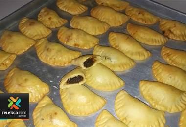 Semana Santa viene acompañada de las tradicionales empanadas de chiverre