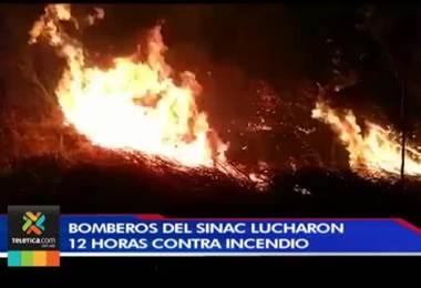 Bomberos del Sinac tuvieron una dura lucha para controlar un incendio en Guanacaste