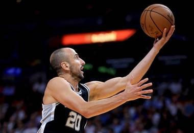 Manu Ginóbili de los Spurs. AFP