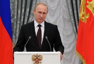 ¿Es el reelecto presidente Vladimir Putin el nuevo zar de Rusia?