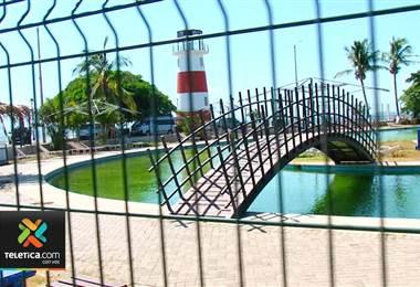 Porteños no tienen claro cuándo se reabrirá el balneario
