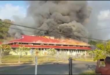 Bomberos atendieron incendio en el hospital Tomás Casas en Ciudad Cortés