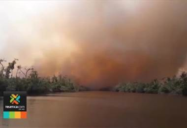 Nicaragua rechazó ayuda de bomberos ticos para atender gigantesco incendio forestal en reserva