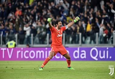 El legendario arquero de la Juventus de Turín Gianluigi Buffon.