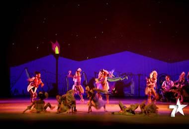 """El Teatro Nacional, presenta por primea vez el espectáculo """"Anansi, una odisea afro"""", una fusión de teatro, danza y música original en vivo.   Esta obra cuenta le viaje que Anansi realiza desde Ghana, en África, hasta la costa caribeña de Costa Rica."""