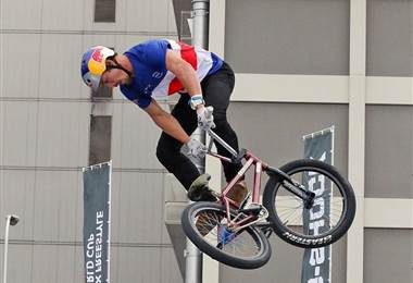 Kenneth Tencio, ciclista costarricense.