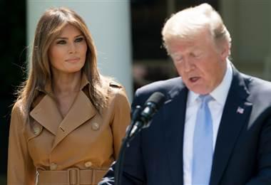 """Melania """"está bien"""" tras su operación, según Trump"""