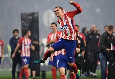 Antoine Griezmann y el Atlético de Madrid campeones de la Europa League.|AFP