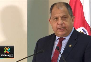 Expresidente Luis Guillermo Solís fue operado este jueves por un reemplazo total de cadera