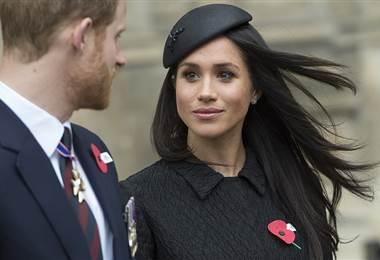 El príncipe Enrique y su prometida Meghan Markle. AFP