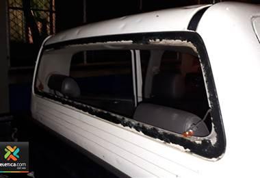 Vecinos de Alajuelita recibieron a la policía a pedradas en los llamados mega operativos