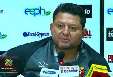 Para Jafet Soto el triunfo de Alajuelense se debió únicamente a la suerte