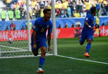 Coutinho firmó la eliminación tricolor al 90+1. AFP