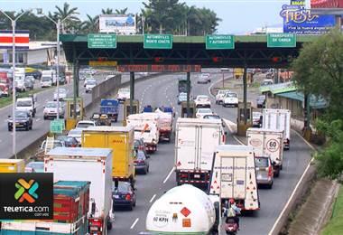 Gobierno crea un plan para reducir tarifas de peaje en la nueva carretera a San Ramón