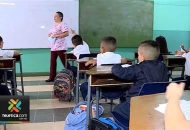 Ministerio de Educación restará cargas administrativas a los docentes