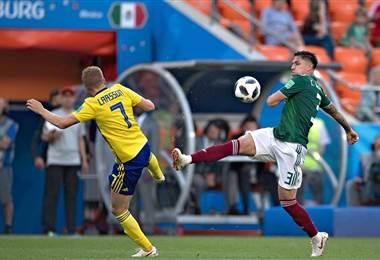 El defensor mexicano Carlos Salcedo.