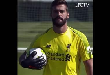 El Liverpool presentó en sus redes sociales a su nuevo fichaje